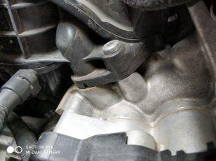 进汽口和钢体连接处渗油怎么回事